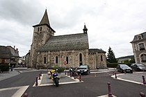 Riom-es-montagne-eglise-saint-georges.JPG