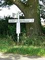 Road sign - geograph.org.uk - 500109.jpg