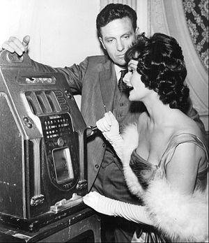 The Untouchables (1959 TV series) - Stack as Eliot Ness with Gloria Talbott, 1962