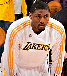 Ron Artest Lakers warmup.jpg
