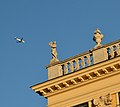 Roof decoration of Schönbrunn palace 03.jpg