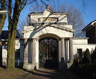 Crooswijk - Image: Rotterdam begraafplaats Crooswijk poortgebouw