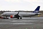 SAS Ireland, EI-SIA, Airbus A320-251N (39925584724).jpg