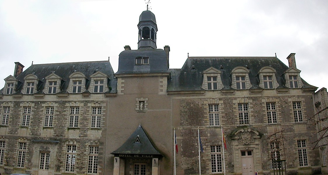 Town hall of Saint-Georges-sur-Loire