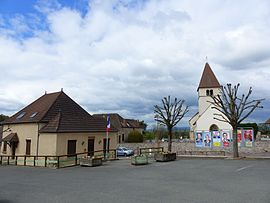 Saint-Laurent-d'Andenay Mairie et Eglise - Avril 2017.jpg