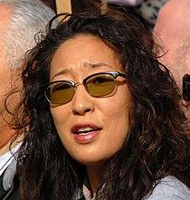 Sandra Oh WGA adjusted.jpg