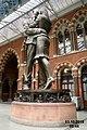 Saying goodbye at St Pancras (21950329042).jpg