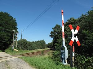 Cottbus–Frankfurt (Oder) railway - Level crossing of the road to Großer Müllroser See