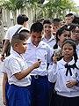 Schoolkids at Wat Phra Kaew - Bangkok - Thailand - 01 (11730844435).jpg