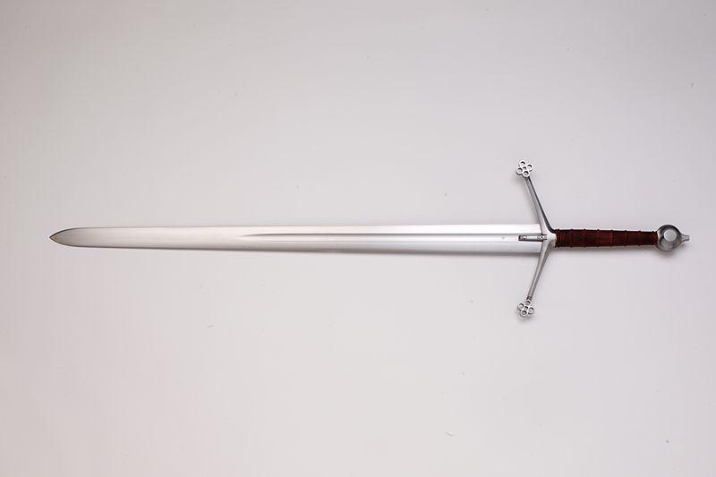 File:Scottish claymore replica (Albion Chieftain).jpg