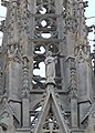 Sculptures on the facade of Barcelona Cathedral 02.jpg