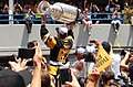 Sidney Crosby raises the cup (27596105752) (cropped1).jpg