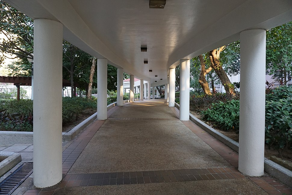 Siu Lun Court Covered Walkway
