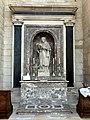Soissons (02), cathédrale, collatéral sud du chœur, 2e chapelle, autel et retable de saint Protais 1.jpg