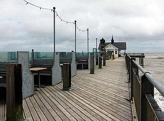 Southwold Pier - Image: Southwold pier sieges bis