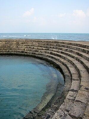 Keerimalai - Image: Spring Waters And Ocean