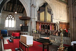 St Swithin's Church, Lincoln - Chancel and organ