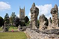 St Edmundsbury Cathedral and Abbey ruins - geograph.org.uk - 1360691.jpg