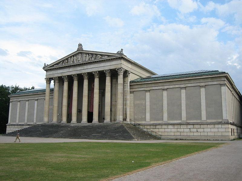 File:Staatliche Antikensammlungen in München.jpg