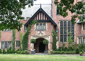 Stan Hywet Hall and Gardens - Image: Stan Hywett Front