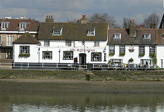 Historic riverside pub, Strand-on-the-Green, Chiswick Strand-on-the-green-pub.jpg