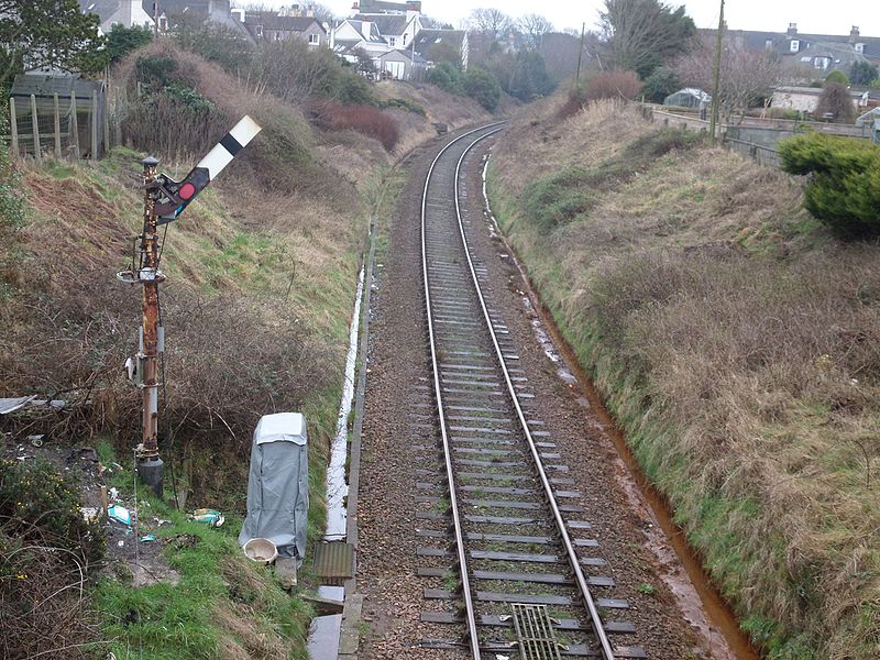 File:Stranraer Harbour railway station with signal and route towards the old Town Station, Dumfries & Galloway, Scotland.jpg