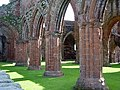 Sweetheart Abbey - geograph.org.uk - 91650.jpg