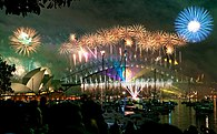 Sydney habour bridge & opera house fireworks new year eve 2008.jpg