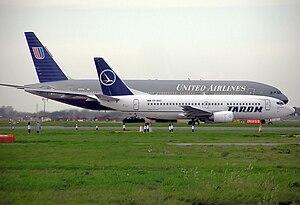 Tarom Boeing 737-300 (YR-BGC) and United Airli...
