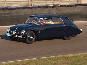 Rear-engine, rear-wheel-drive layout - Image: Tatra 77A dutch licence registration AM 44 01 pic 10