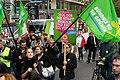 Teilnehmer der Demonstration für die Schließung Tegels (49065201166).jpg