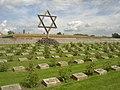 Terezin CZ Memorial Cemetery 01.JPG