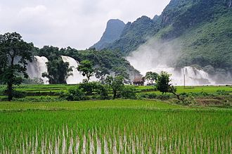 Cao Bằng Province - Bản Giốc waterfall during the rainy season