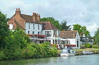 Egham Hythe Human settlement in England