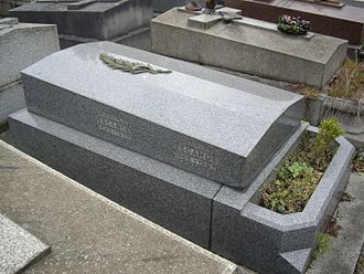 Maurice Escande - His grave in Montrouge Cemetery (Paris).