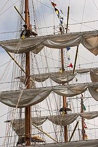 Tonnerres de Brest 2012 - 120716-010 Cuauhtemoc.JPG