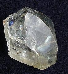 Minerais de A-Z 220px-Topaz-2