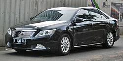 250px-Toyota_Camry_(XV50)_(front),_Jakar