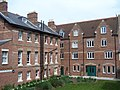 Trenaman House (rear), St Anne's College, University of Oxford.jpg
