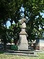 Trhový Štěpánov - socha J. Nepomucký.jpg