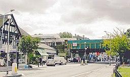 Turnham Green LUL Station geograph-4044573-by-Ben-Brooksbank
