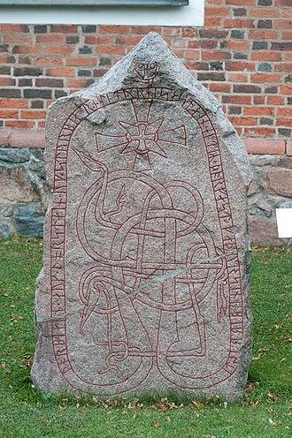 Uppland Runic Inscription 1034 - U 1034