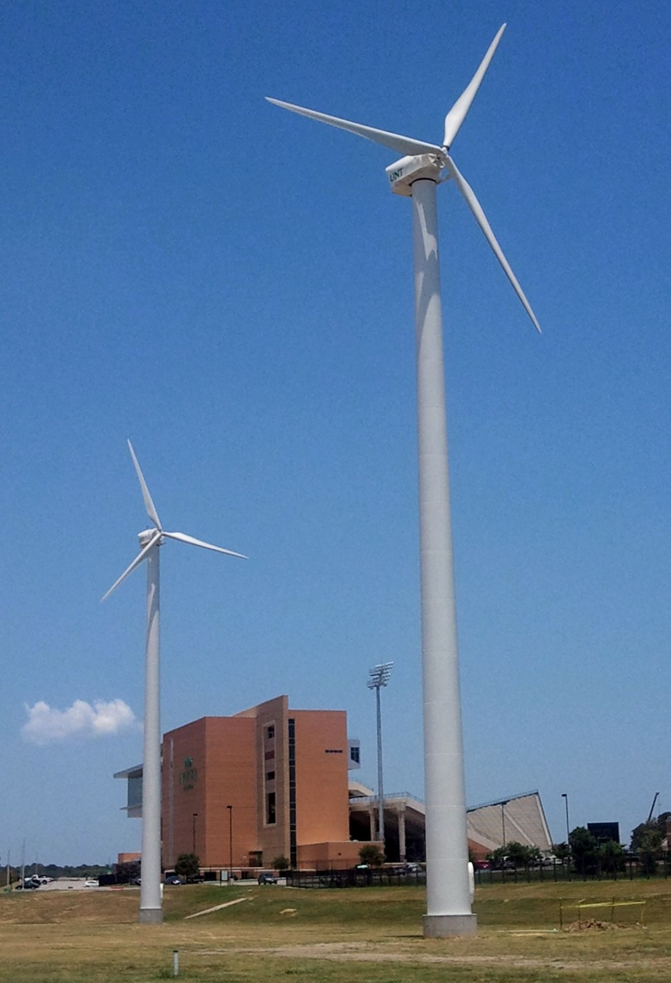 UNT wind turbines