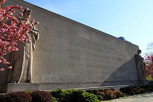 Cadman Plaza - Brooklyn War Memorial
