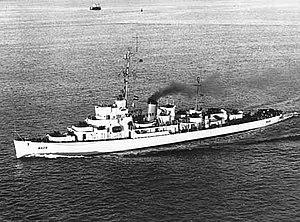 USCGC Finch (WDE-428) underway at sea, circa in 1952