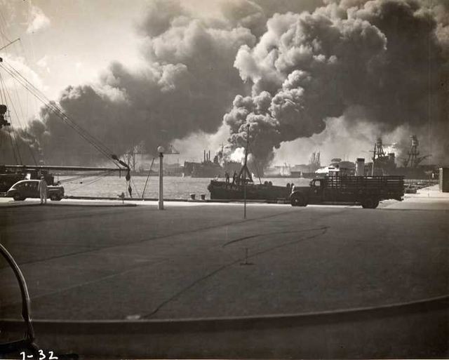 USS Shaw- Pearl Harbor attack 80G32577