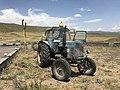 Un tracteur MTZ-80 dans la province de Syunik en Arménie en juillet 2017.jpg