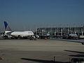 United Airlines - N127UA, N836UA - Flickr - skinnylawyer.jpg