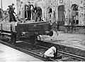 Uprzątanie zniszczonego dworca kolejowego (2-1851).jpg