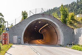 Völkermarkt B82 Lilienbergtunnel SO-Portal 28082018 4301.jpg
